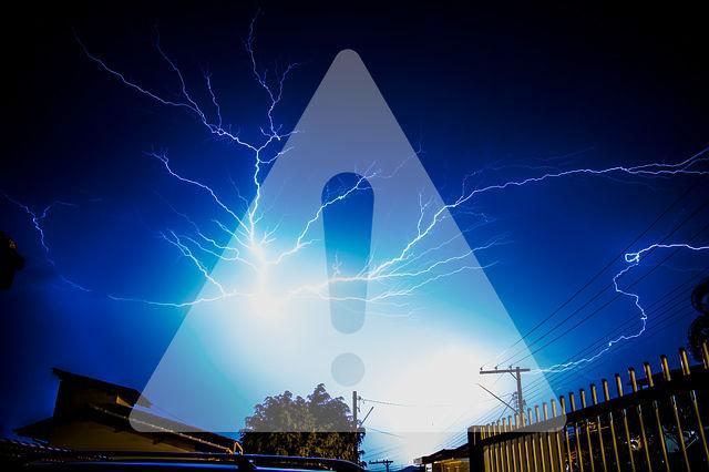 Ostrzeżenie o gwałtownych burzach w nocy!