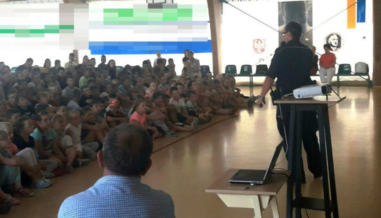 Uczniowie kcyńskiej podstawówki na spotkaniu z dzielnicowym