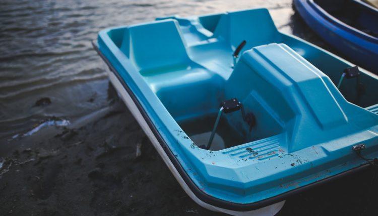 Trwają poszukiwania dwóch nastolatków, którzy kąpali się w jeziorze w Wąsoszu