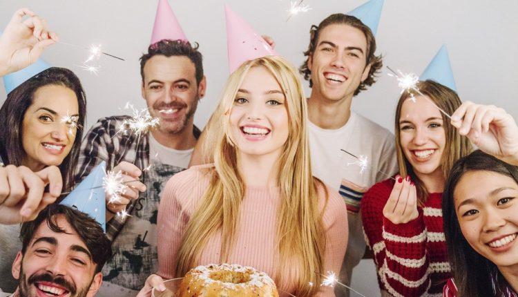 Atrakcje na osiemnastkę. Jak zorganizować niezapomniane przyjęcie urodzinowe?