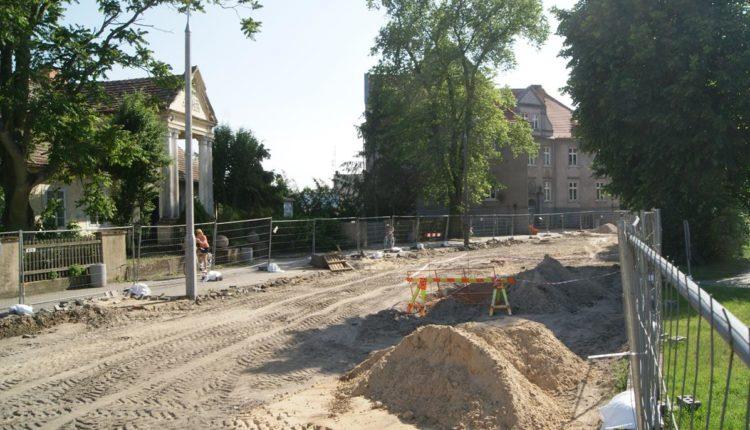 Miliony złotych rządowego wsparcia na budowę dróg gminnych i powiatowych w regionie