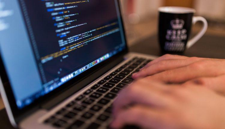 Uwaga na wiadomości z linkami do fałszywego serwisu płatności OLX