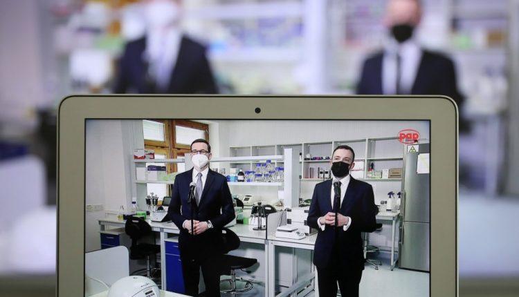 KPRM: Agencja Badań Medycznych przekaże 300 milionów zł na wdrożenie technologii mRNA w Polsce