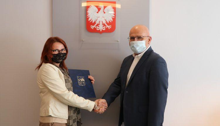 Kinga Babicz oficjalnie dyrektorem SP nr 2